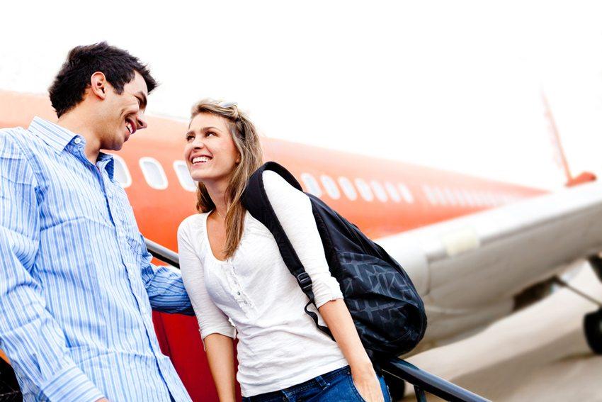 Für frisch Vermählte steigen selbst die Chancen, ein Upgrade zu erhalten. (Bild: Andresr / Shutterstock.com)