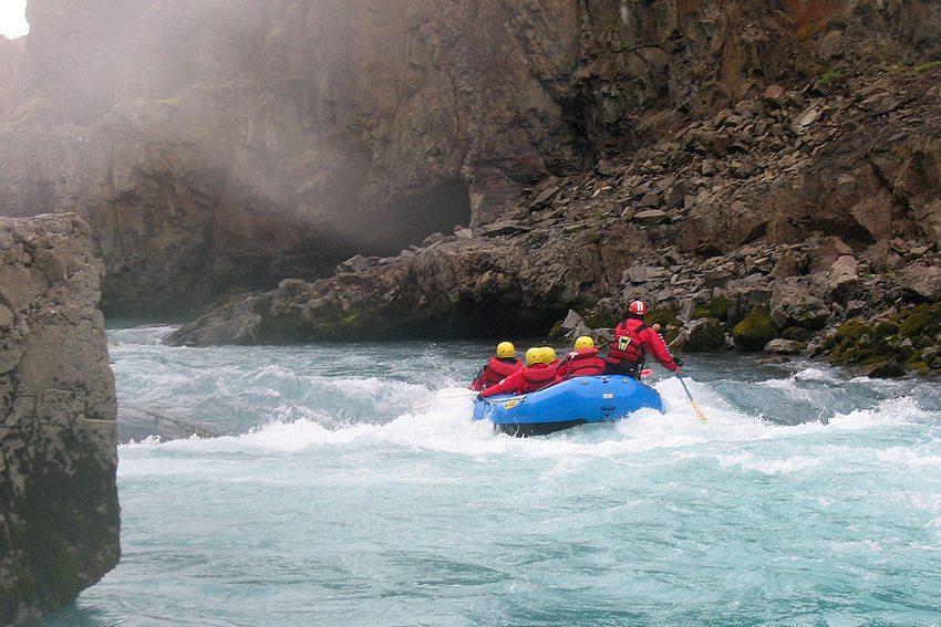 White Water Rafting - für naturverbundene Abenteurer (Bild: Stig Nygaard, Wikimedia, CC)