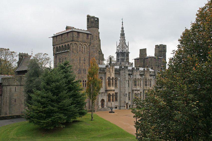 Cardiff Castle (Bild: Tony Hisgett, Wikimedia, CC)