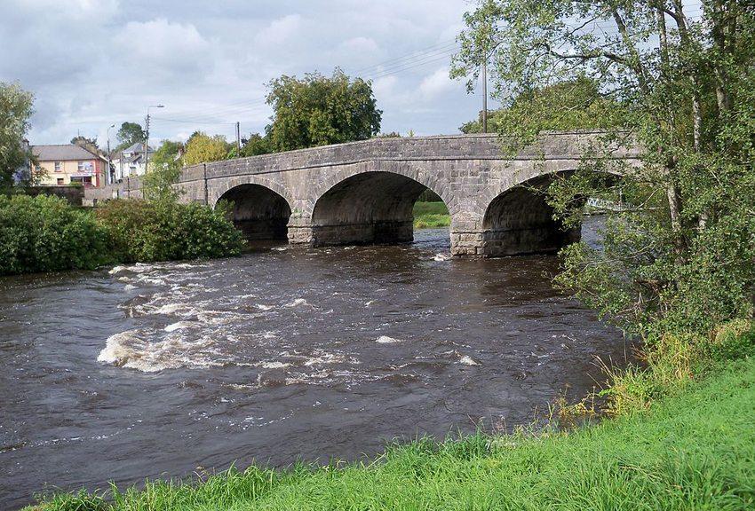 Fluss Erne bei Ballyshannon (Bild: Deadstar, Wikimedia, CC)