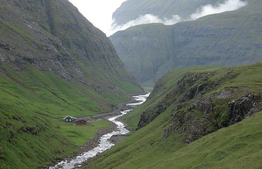 Saksun auf Streymoy,  Färöer-Inseln (Bild: Erik Christensen, Wikimedia, GNU)