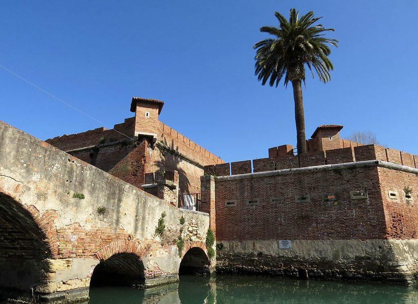 """""""Fortezza Nuova"""" in Livorno (Bild: LivornoDP, Wikimedia, CC)"""