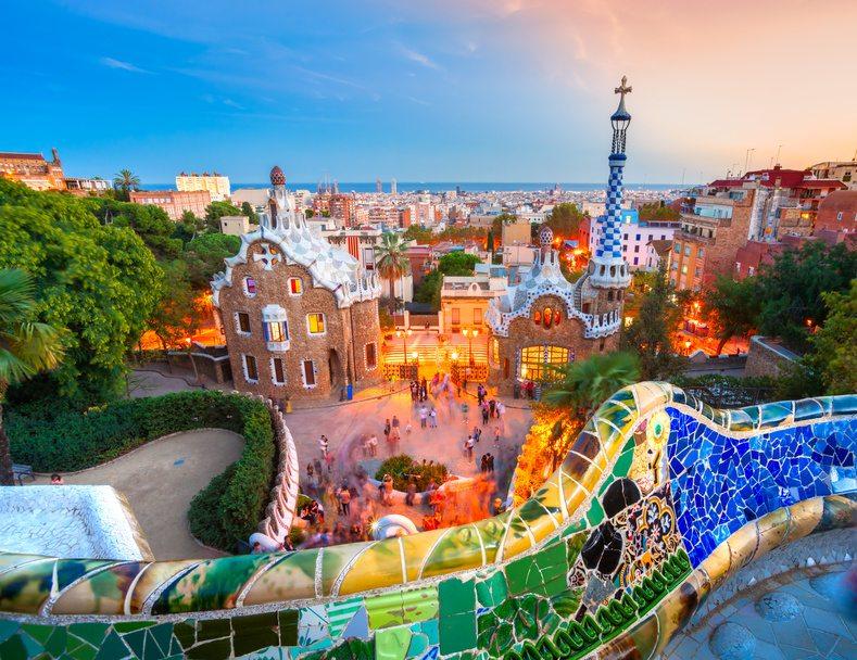 Barcelona verspricht aufregende Entdeckungen. (Bild: © MasterLu - Fotolia.com)