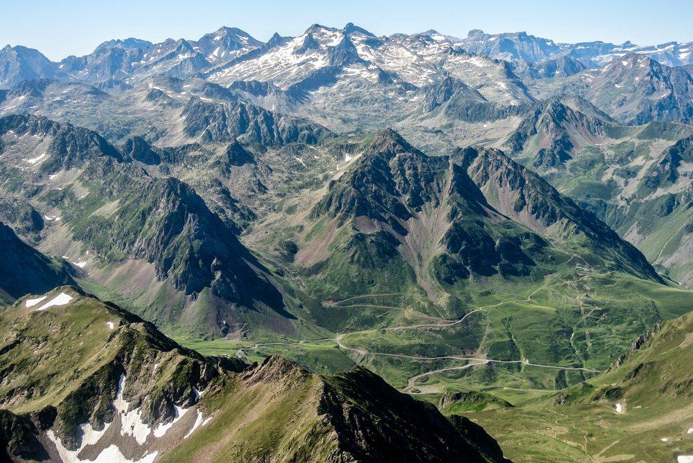 Die atemberaubende Landschaft der Pyrenäen (Bild: © Ander Dylan - shutterstock.com)