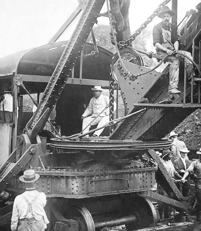 Präsident Theodore Roosevelt am Bau des Panamakanals am 15. November 1906  (Bild: Wikimedia)