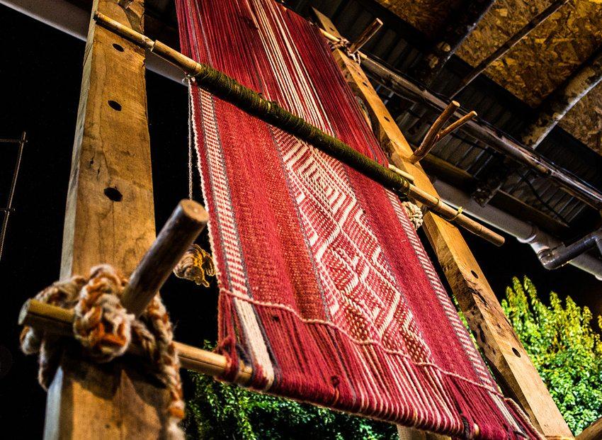 Mapuche-Werkstatt in Villarrica (Bild: Marco Antonio Correa Flores, Wikimedia, CC)