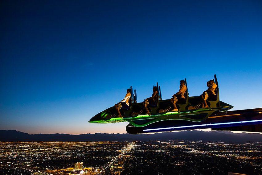 Die Achterbahn auf dem Dach des Hotels Stratosphere  (Bild: Joao Carlos Medau, Wikimedia, CC)