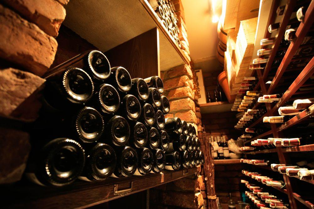 Wein ist gesund! (Bild: © hacohob - shutterstock.com)
