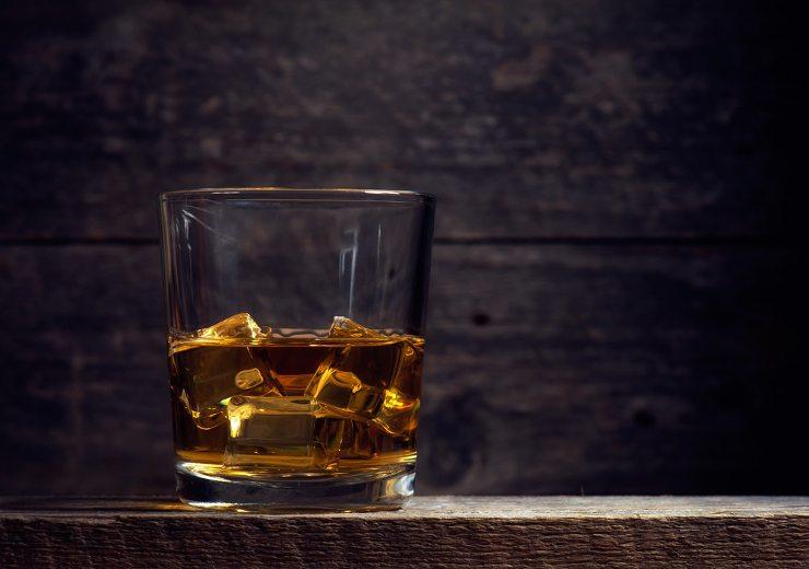 Jetzt eine Bar für Ihr Event mieten! (Bild: © Jozef Sowa - shutterstock.com)