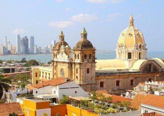Kolonialstadt Cartagena (Bild: © alexmillos - shutterstock.com)