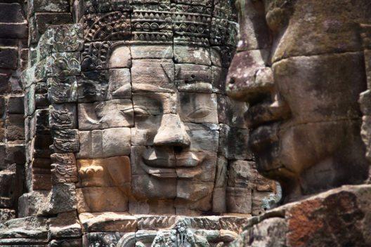 Zur Blütezeit der Khmer begannen die Arbeiten an Angkor Wat unter König Surayavarman I. (Bild: © sunsinger - shutterstock.com)