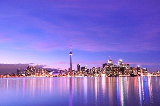 Die Skyline von Toronto (Bild: © SurangaSL - shutterstock.com)