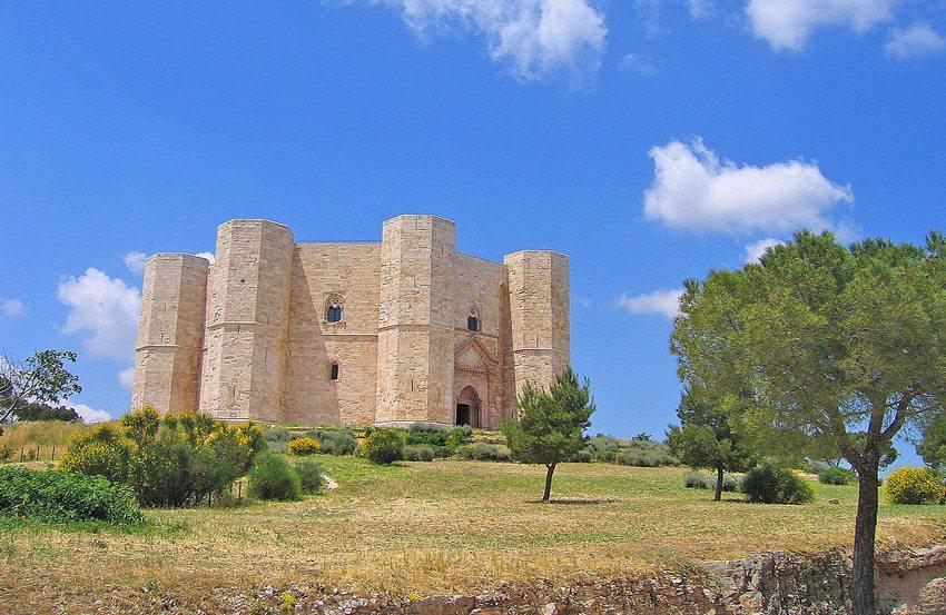 Das Castel del Monte in Apulien (Bild: Guido Radig, Wikimedia, CC)