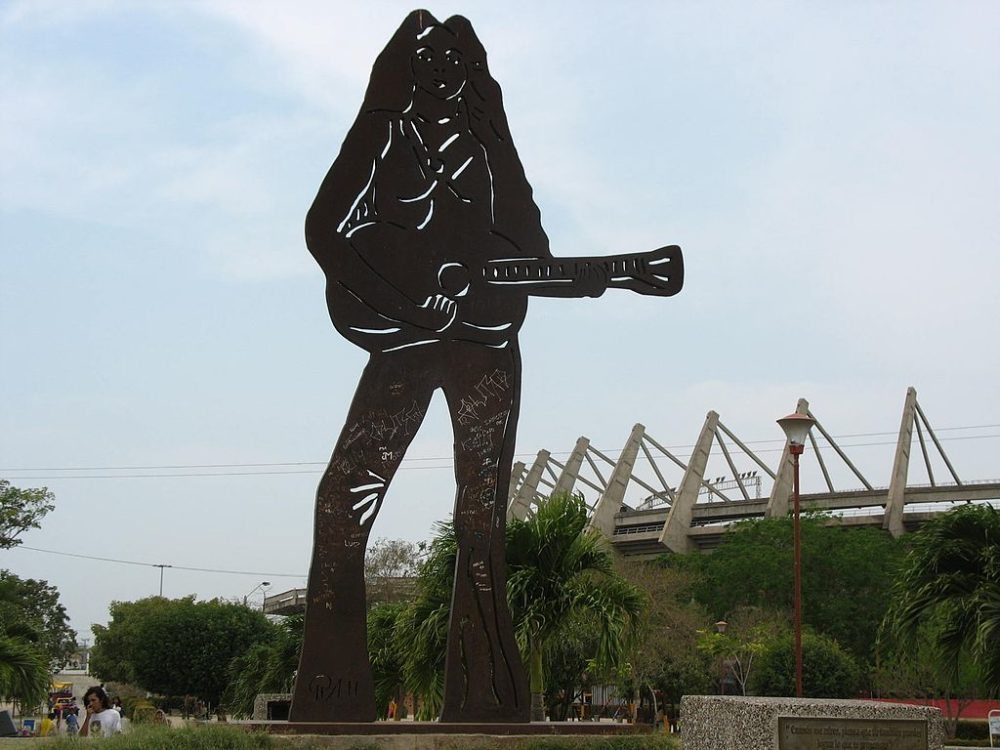 Shakira- Statue in  Barranquilla (Bild: Jdvillalobos, Wikimedia)