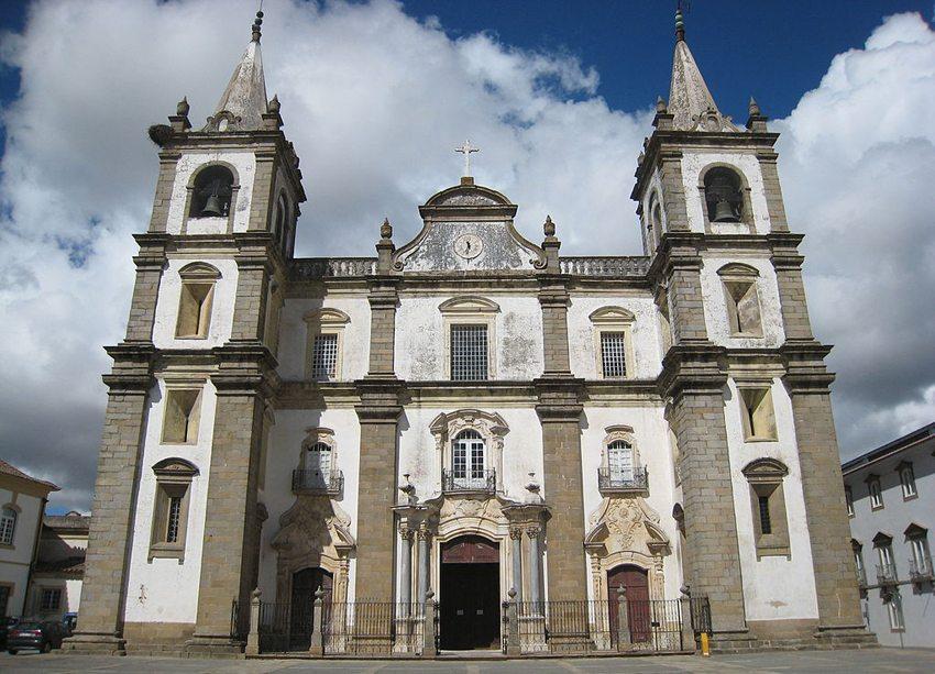 Die Kathedrale von Portalegre (Bild: Hugo Cadavez, Wikimedia, CC)