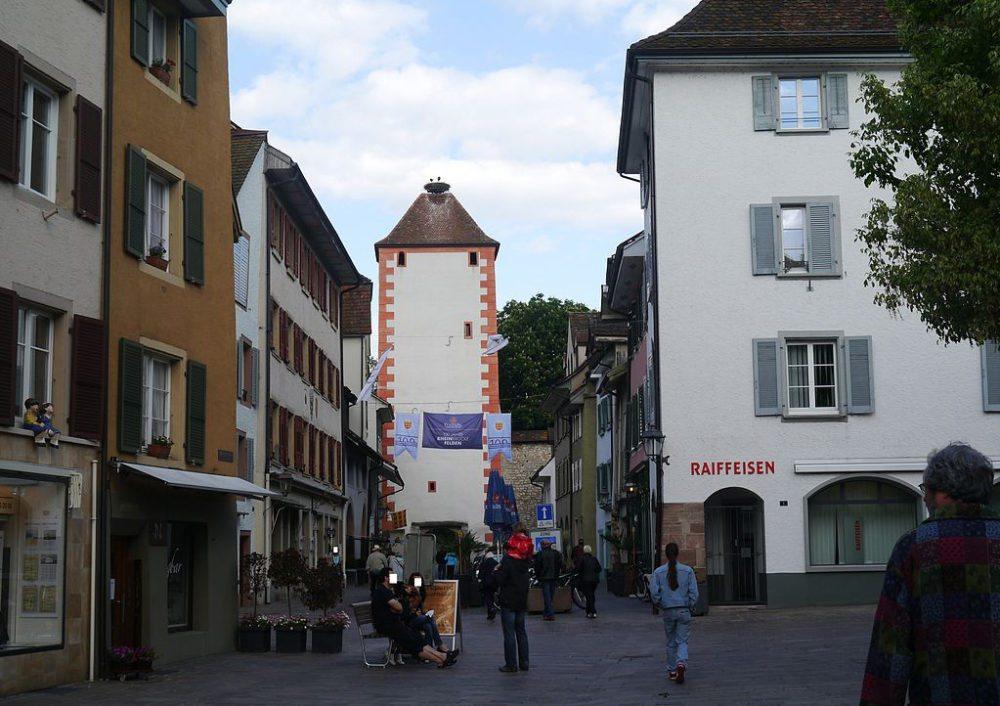 Der Storchennestturm in Rheinfelden (Bild: Zairon, Wikimedia, CC)