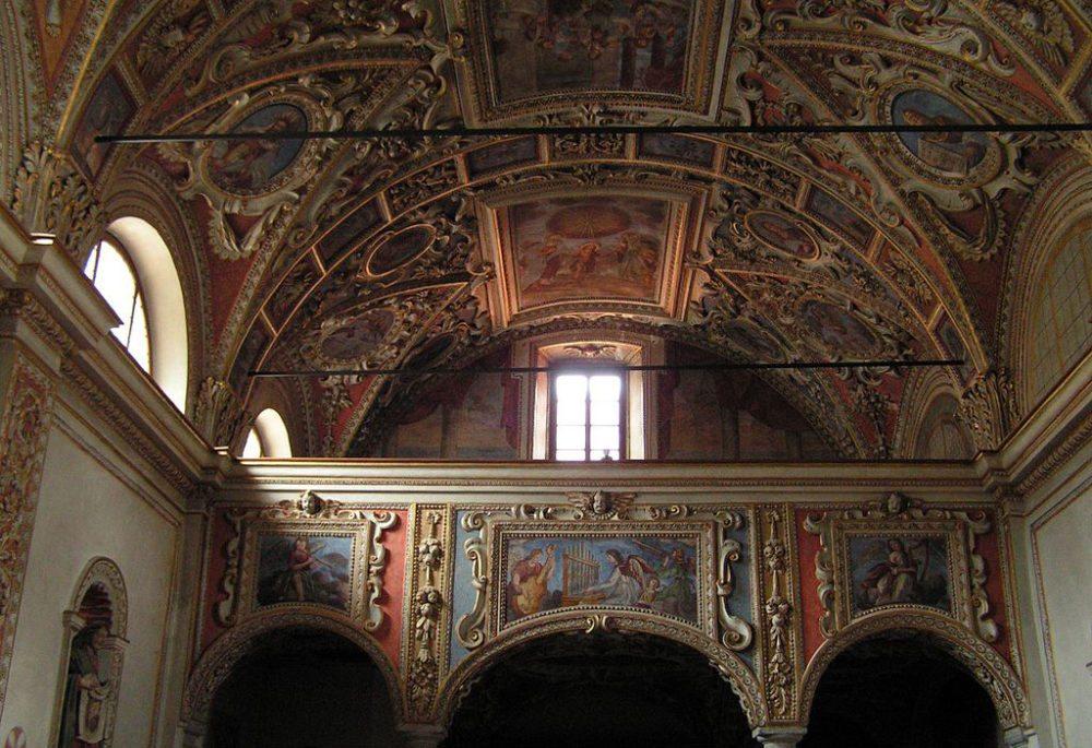 Die Kirche Sta Maria Assunta in Locarno – Innenansicht. (Bild: Romano1246, Wikimedia, CC)