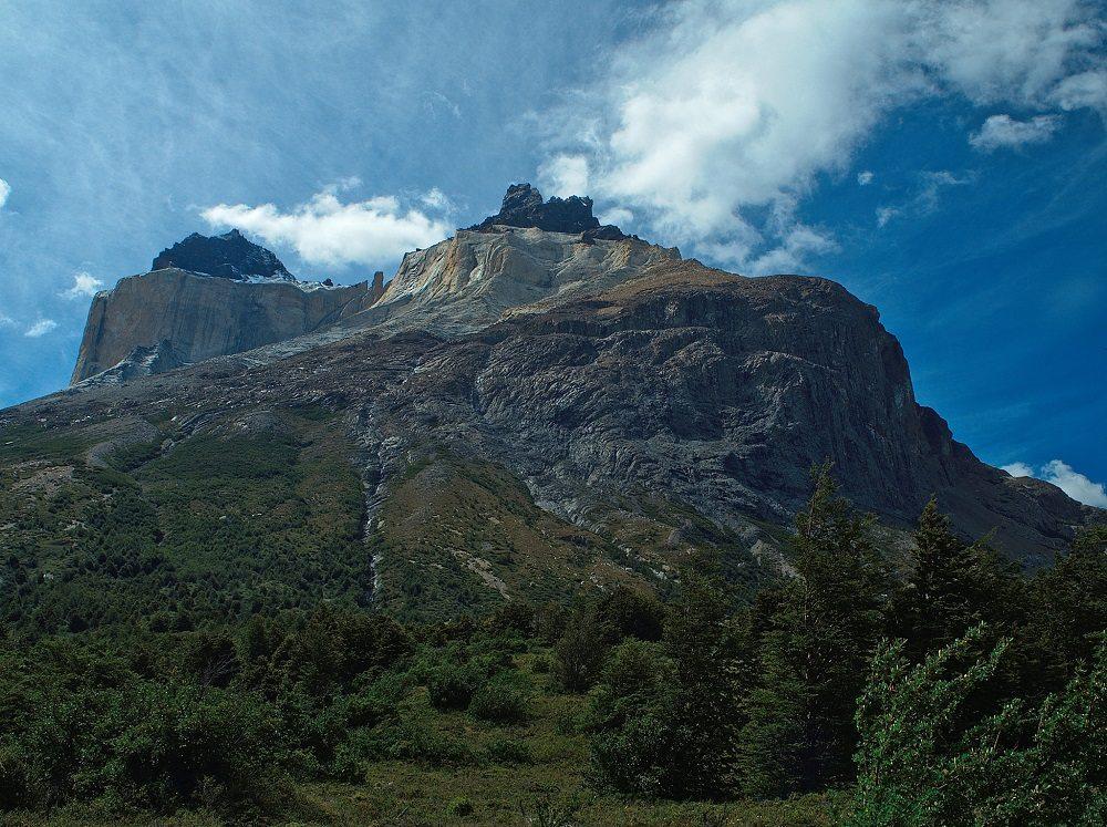Blick auf das Paine Massive auf dem Weg zum Campamento Italano (Bild: © Constantin Schaible)