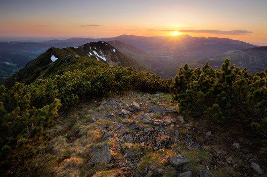 Sonneaufgang im Riesengebirge (Bild: © Tomas Tichy - shutterstock.com)