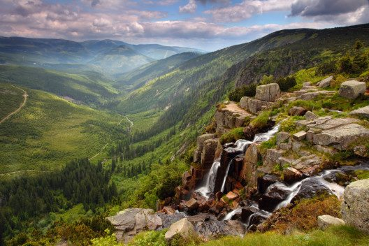Pancavsky Wasserfall (Bild: © TTstudio - shutterstock.com)