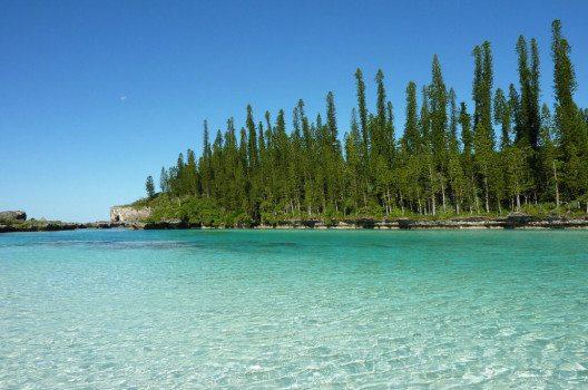 Île des Pins - einer der schönsten Orte im Umfeld des neukaledonischen Barriereriffs. (Bild: my LifeShow, Wikimedia, CC)