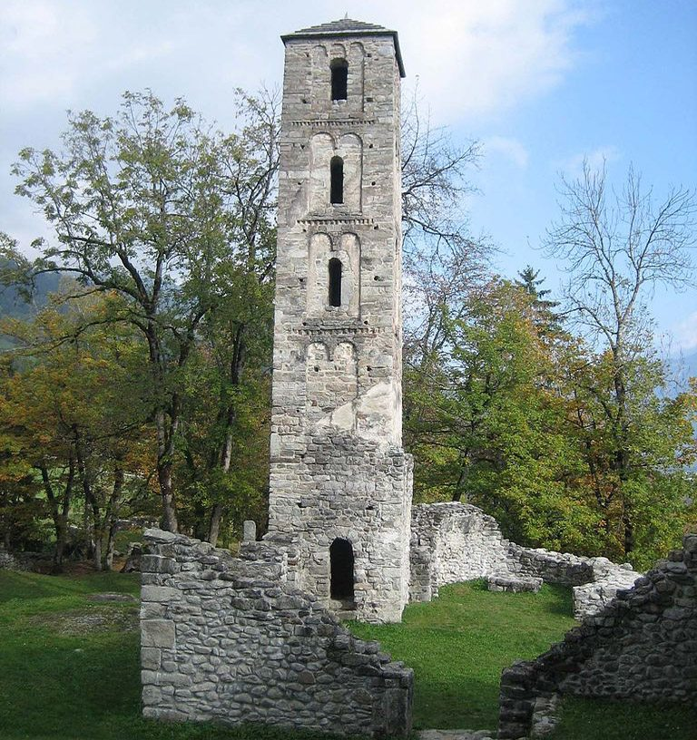 Glockenturm der Burgkirche (Bild: Adrian Michael, Wikimedia, GNU)