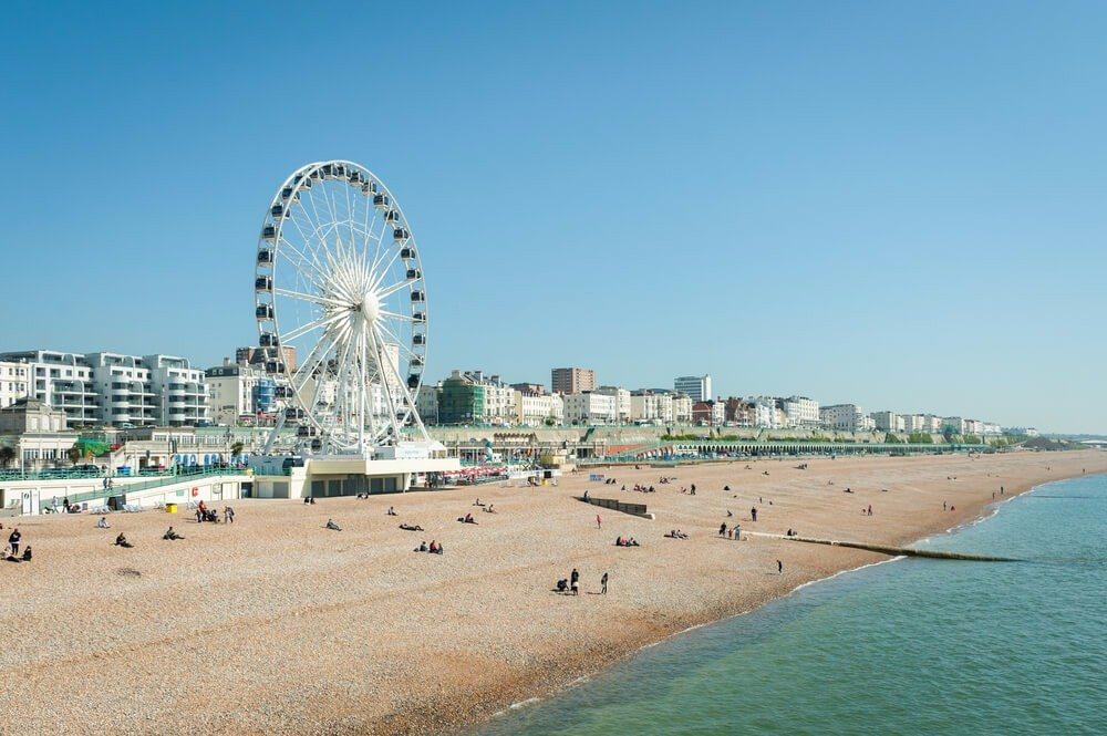 """Die englische Küstenstadt Brighton hat den Beinamen """"London by the Sea"""". (Bild: © Steve Mann - shutterstock.com)"""