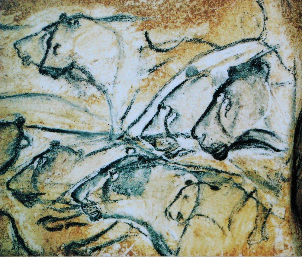 Eiszeitliche Darstellung von Höhlenlöwen in der Höhle von Chauvet (Bild: © HTO - wiki.org)