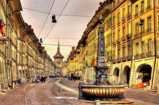 Die intakte Altstadt zählt zum UNESCO-Welterbe (Bild: © Leonid Andronov - shutterstock.com)