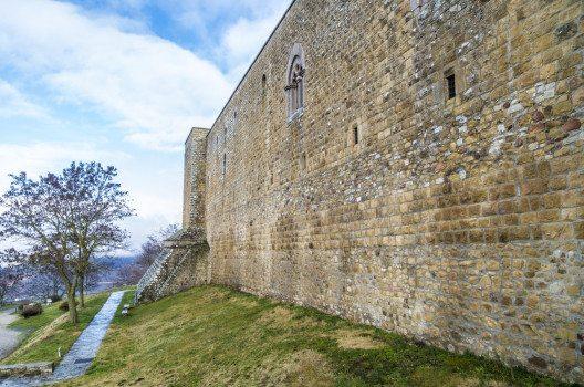 Festungsanlage Castel Lagopesole (Bild: © Gianluca Foto - shutterstock.com)