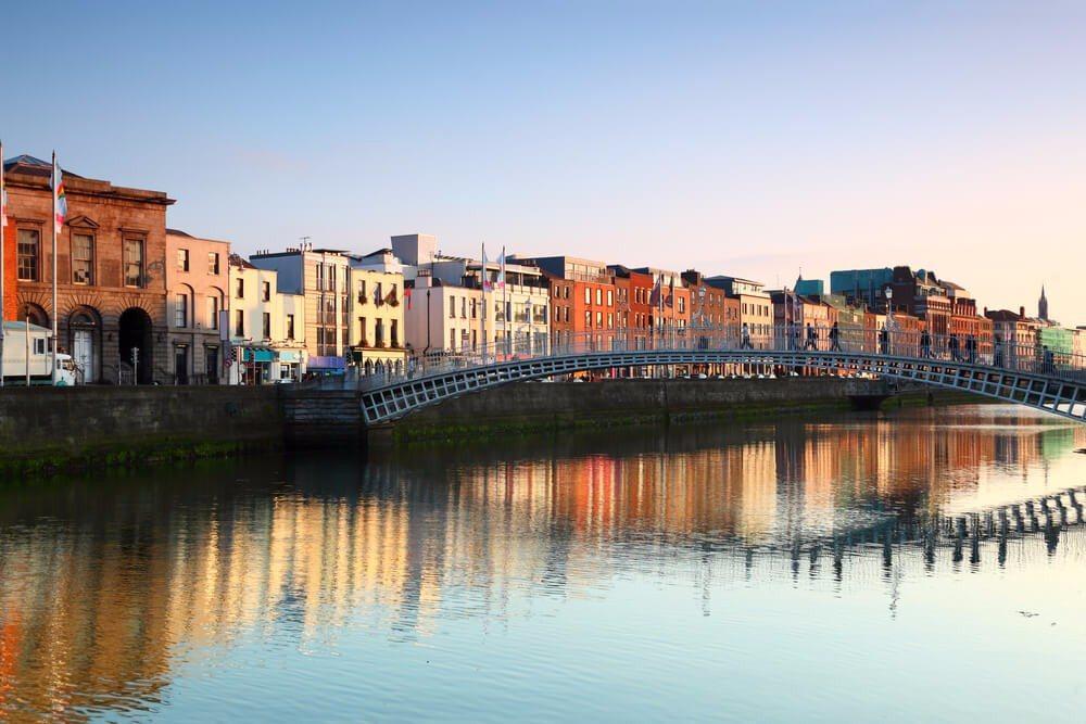 Die Gastfreundschaft der Iren ist weltberühmt. (Bild: © Pavel L Photo and Video - shutterstock.com)