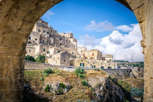 Matera, die Stadt aus Stein (Bild: © Sabino Parente - shutterstock.com)