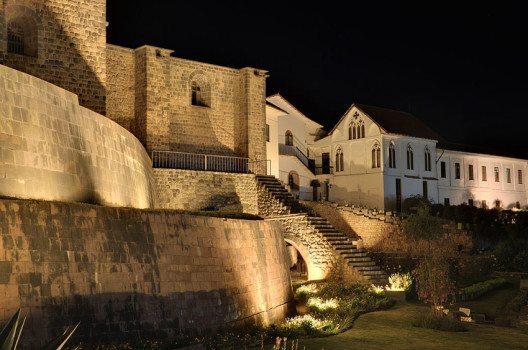 Coriancha- Tempel bei Nacht (Bild: Martin St-Amant, WIkimedia, CC)