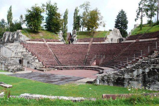 Römisches Theater, Augusta Raurica (Bild: Guido Radig, Wikimedia, CC)