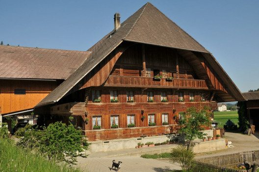 Emmentaler Bauernhaus (Bild: Hofec, Wikimedia, GNU)