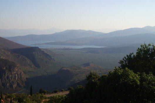 Blick auf das Tal unterhalb von Delphi.
