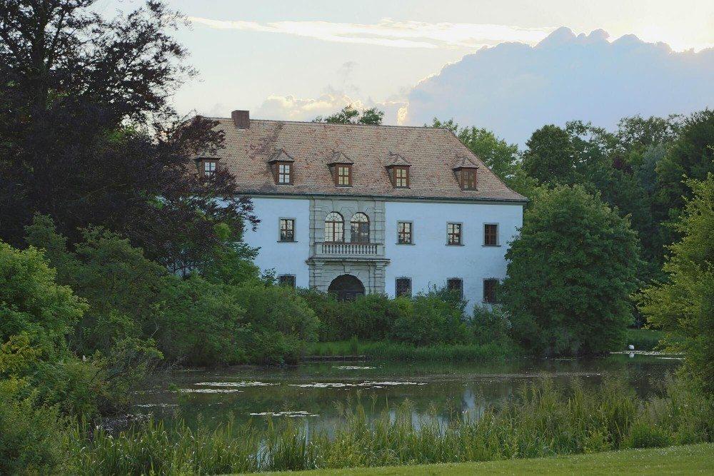 Das Alte Schloss im Fürst-Pückler-Park (Bild: © J.-H. Janßen - CC BY-SA 3.0)