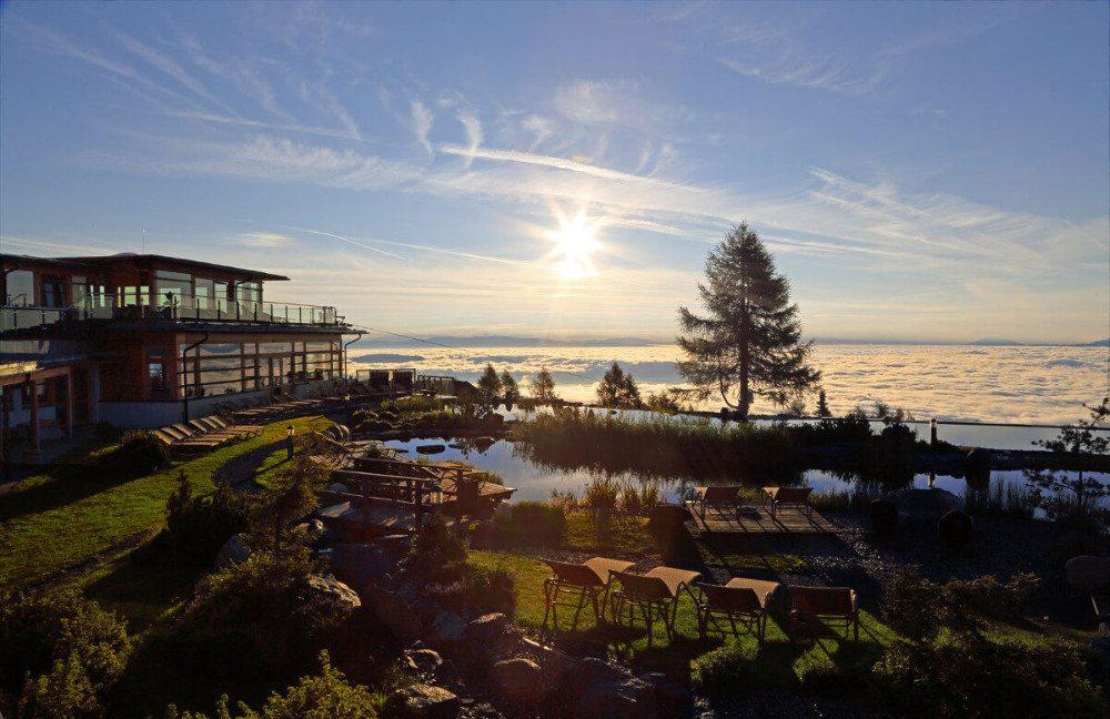 Sonnenaufgänge gehören zu den allerschönsten Naturschauspielen - sie sind inklusive für Gäste des Mountain Resort Feuerberg. (Bildquelle: o-pichler.at)