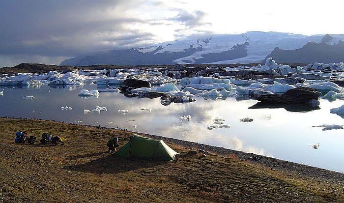 Die Gletscherlagune ist eines der Highlights des Landes. (Bild: © Heike Pirngruber)