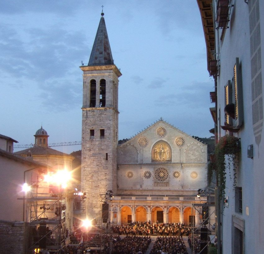 Festival dei Due Mondi in Spoleto (Bild: ElettroDevice, Wikimedia, public domain)