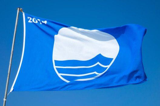 85 Strände an der Algarve sind mit der Blauen Flagge ausgezeichnet. (Bild: blackboard1965 / Shutterstock.com)