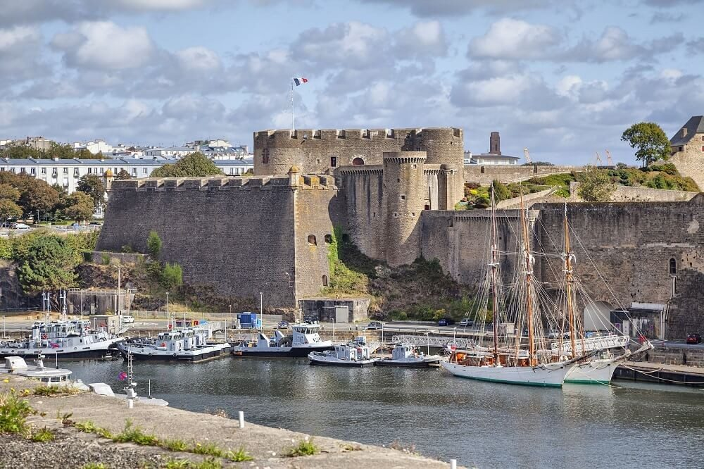 Brest – grösste Hafenstadt der Region (Bild: © bbsferrari - fotolia.com)