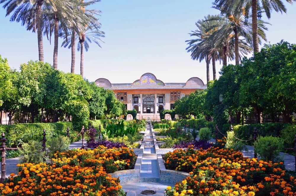 Der Persische Garten ist ein wichtiges Element der Kultur des Landes. (Bild: © suronin - shutterstock.com)
