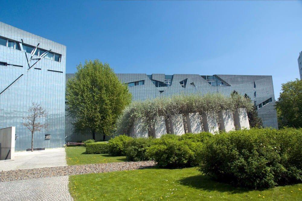"""Libeskind nannte sein Architektur-Projekt """"Zwischen den Linien"""". (Bild: © Jeff Whyte - shutterstock.com)"""