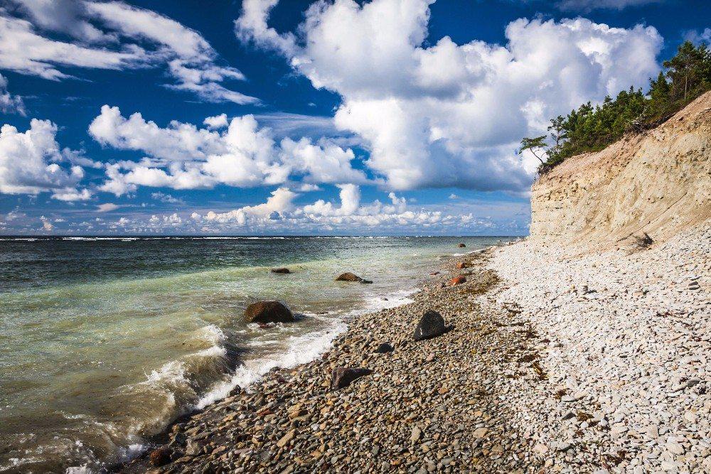 In den ersten Jahrhunderten nach der Zeitenwende landeten Wikinger an der Küste. (Bild: © anilah - fotolia.com)