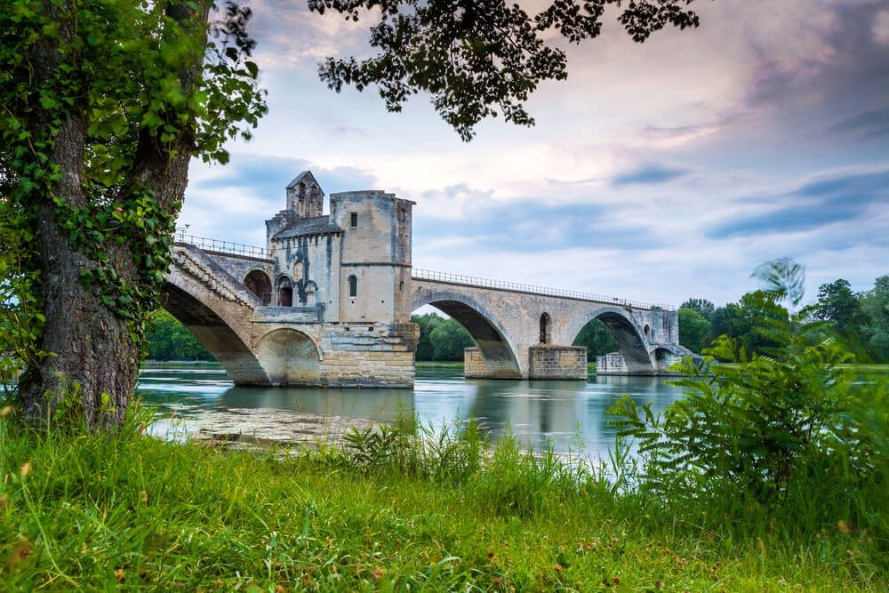 Pont d'Avignon (Bild: © Paul Daniels - shutterstock.com)