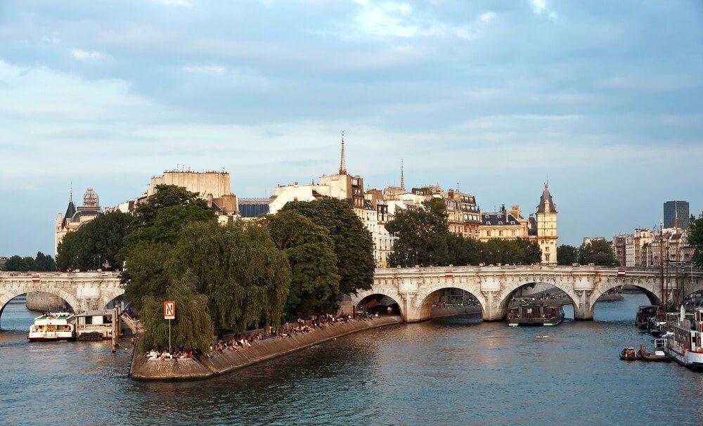 Pont Neuf (Bild: © Fretschi - shutterstock.com)
