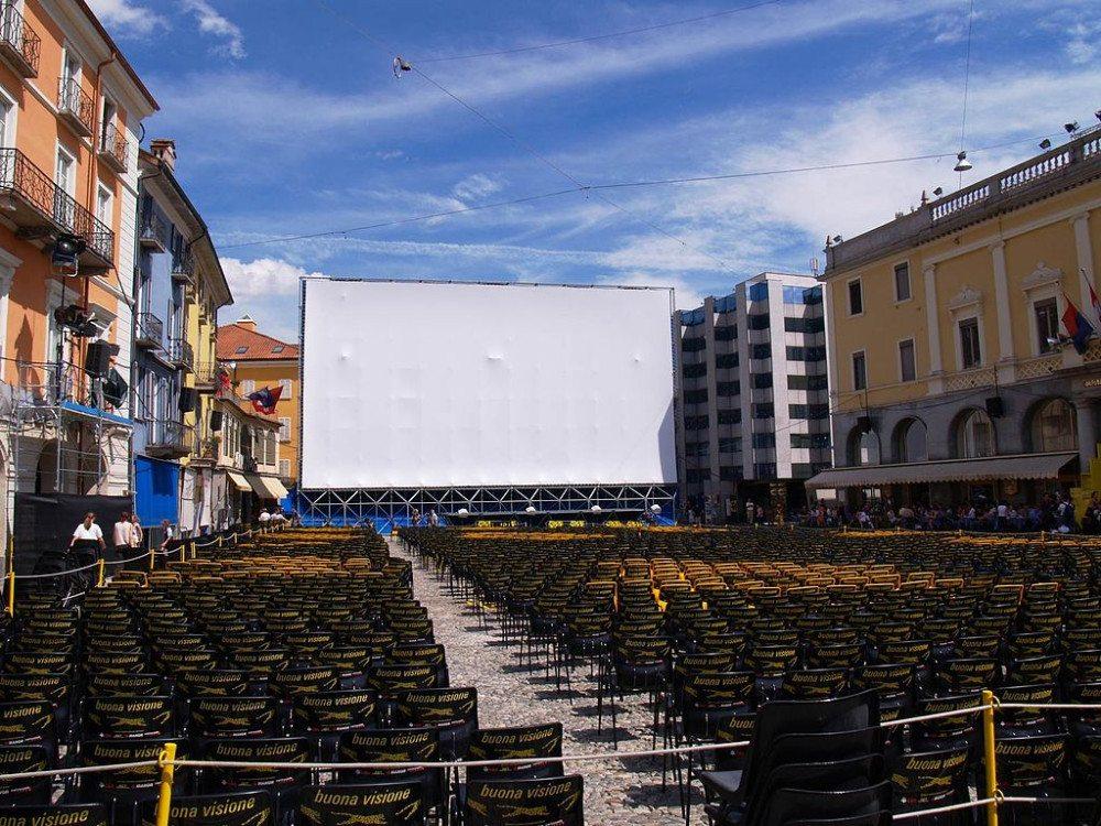 Filmfestival Locarno, Piazza Grande (Bild: © Simone1986 - Wikimedia - gemeinfrei)