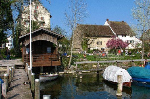 Schloss und Landenberghaus in Greifensee (Bild: Roland zh, Wikimedia, CC)