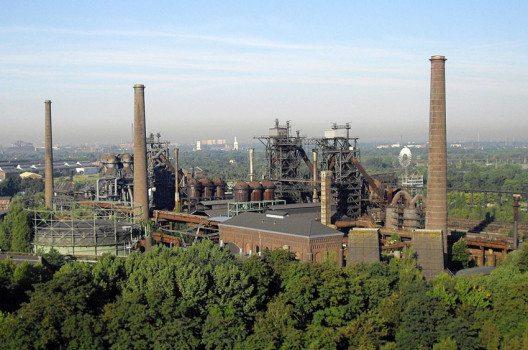 Luftaufnahme vom Landschaftspark Duisburg Nord (Bild: Air-Quad UG, Wikimedia, CC)